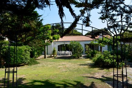 Holiday home 1206420 for 10 persons in Sainte Marie de Ré