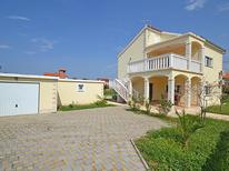 Casa de vacaciones 1208639 para 8 personas en Sukošan