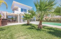 Villa 1211620 per 6 persone in Lido Rossello