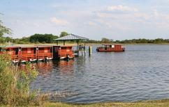 Barco 1213050 para 4 adultos + 2 niños en Radewege
