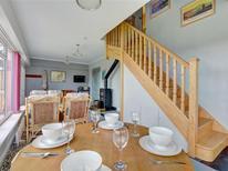 Maison de vacances 1215908 pour 4 personnes , Tenby