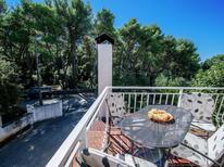 Appartement 1215960 voor 5 personen in Pakoštane