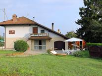 Appartement 1216211 voor 4 personen in Roatto