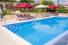 Appartamento 1216814 per 7 persone in Seget Donji