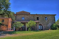 Ferienhaus 1217249 für 17 Personen in San Pancrazio