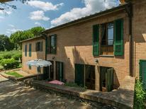 Vakantiehuis 1217921 voor 7 personen in Agostoli
