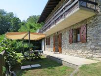 Ferienhaus 1220503 für 8 Personen in Colmegna