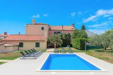 Holiday home 1220809 for 8 adults + 2 children in Mareda