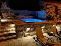 Ferienhaus 1221193 für 6 Personen in Brotnice - Cavtat