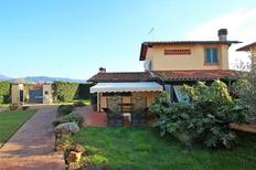 Ferienhaus 1221358 für 4 Personen in Pietrasanta