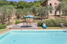 Ferienwohnung 1221928 für 8 Personen in San Concordio di Moriano