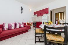 Rekreační byt 1222253 pro 5 osoby v Supetar