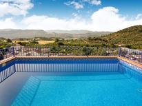 Vakantiehuis 1222613 voor 8 personen in Zagrilla Alta