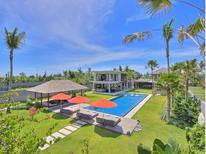 Holiday home 1222936 for 12 persons in Denpasar