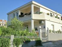 Appartement 1223419 voor 4 personen in Trogir