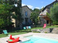 Vakantiehuis 1223993 voor 6 personen in Pont-de-Labeaume