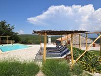 Vakantiehuis 1223996 voor 8 personen in Vrbnik