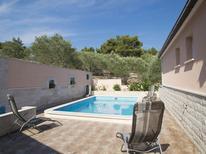 Vakantiehuis 1224336 voor 6 personen in Vela Luka