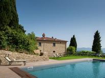 Vakantiehuis 1224342 voor 12 personen in Arezzo