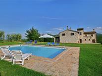 Casa de vacaciones 1224483 para 11 personas en Torri