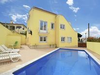 Ferienhaus 1224869 für 8 Personen in Nadadouro