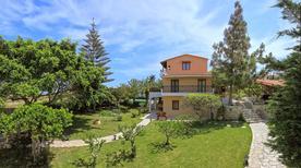 Villa 1228636 per 11 persone in Karteros