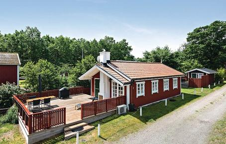 Holiday home 1228667 for 6 persons in Pukavik