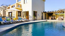 Holiday home 1229241 for 5 adults + 1 child in Peyia
