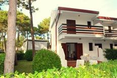 Ferienhaus 1230685 für 8 Personen in Lignano Pineta