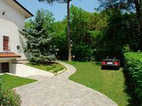 Ferienwohnung 1230796 für 6 Personen in Lignano Riviera