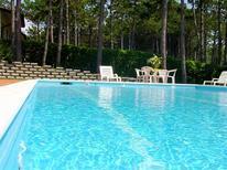 Ferienwohnung 1230805 für 8 Personen in Lignano Riviera