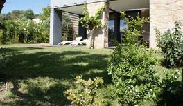 Appartamento 1232934 per 3 adulti + 2 bambini in Serra-di-Ferro