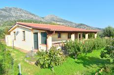 Villa 1234392 per 4 adulti + 1 bambino in Orosei