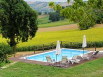 Ferienhaus 1236536 für 14 Personen in Mondavio