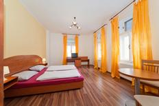 Holiday apartment 1236581 for 4 persons in Prague 7-Troja, Holešovice