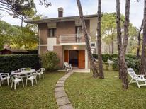 Ferienwohnung 1238960 für 6 Personen in Lignano Sabbiadoro