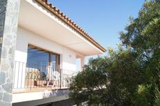 Holiday apartment 1239600 for 3 persons in Llanca