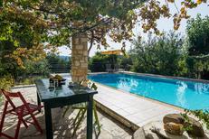 Ferienhaus 1240918 für 3 Erwachsene + 1 Kind in Douliana