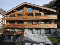 Ferienwohnung 1241042 für 6 Personen in Zermatt