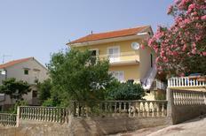 Appartement de vacances 1242398 pour 4 personnes , Grebastica