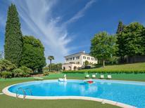 Vakantiehuis 1246465 voor 15 personen in Macerata