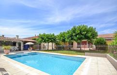 Villa 1248195 per 8 persone in Arles