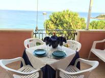 Mieszkanie wakacyjne 1249415 dla 4 osoby w Isola di Capo Rizzuto