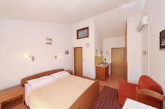Holiday apartment 1249424 for 2 persons in Bozava