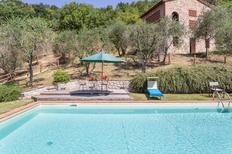 Ferienwohnung 1249922 für 8 Personen in San Concordio di Moriano