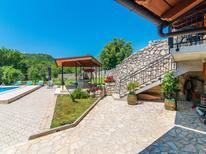 Ferienhaus 1250945 für 10 Personen in Drivenik