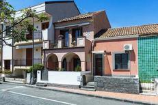 Vakantiehuis 1252247 voor 5 volwassenen + 1 kind in Stazzo