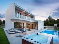 Maison de vacances 1252693 pour 8 personnes , Tar-Vabriga