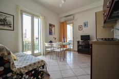 Ferienwohnung 1252920 für 6 Personen in Marina di Ragusa