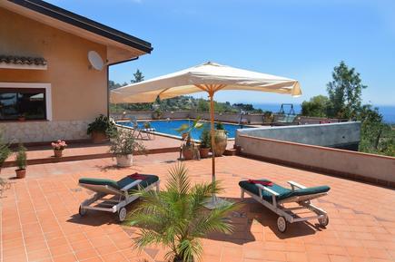 Villa 1256961 per 6 persone in Aci Castello